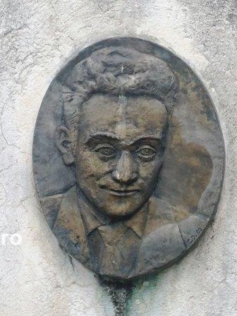1 - Scriitorul Ionel Bandrabur a fost înmormântat