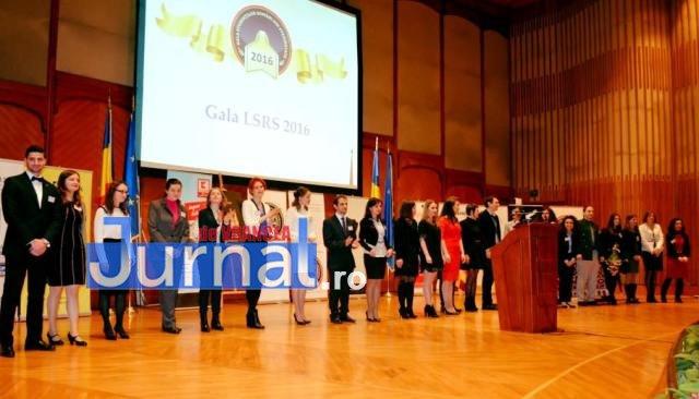 """gala lsrs 2016 - """"Cel mai bun student al anului în România"""" este din Focșani"""