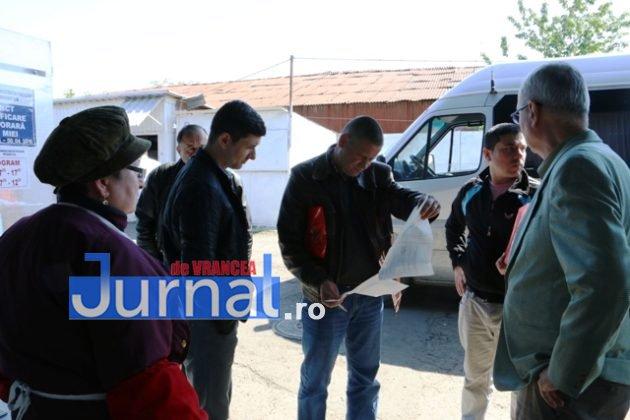 CONTROALE DSV POLITIE1 630x420 - GALERIE FOTO: Ample controale ale Poliției și ale DSV în piețele din Vrancea