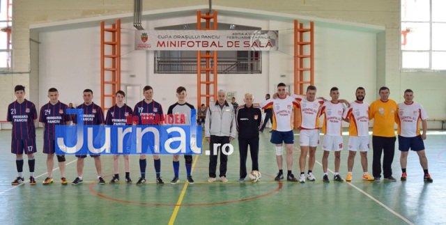 Premiere minifotbal 1 - GALERIE FOTO: Câștigătorii cupei orașului Panciu la minifotbal, premiați de primarul Iulian Nica