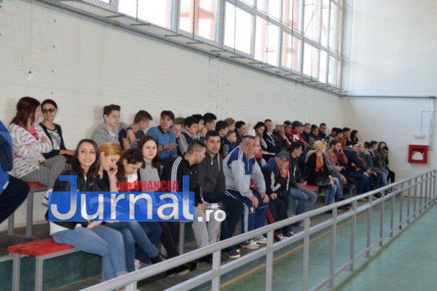 Premiere minifotbal 15 631x420 - GALERIE FOTO: Câștigătorii cupei orașului Panciu la minifotbal, premiați de primarul Iulian Nica