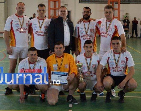 Premiere minifotbal 33 533x420 - GALERIE FOTO: Câștigătorii cupei orașului Panciu la minifotbal, premiați de primarul Iulian Nica