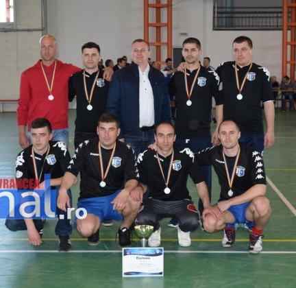 Premiere minifotbal 36 432x420 - GALERIE FOTO: Câștigătorii cupei orașului Panciu la minifotbal, premiați de primarul Iulian Nica