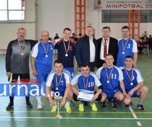 Premiere minifotbal 39 502x420 - GALERIE FOTO: Câștigătorii cupei orașului Panciu la minifotbal, premiați de primarul Iulian Nica
