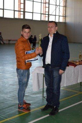 Premiere minifotbal 40 280x420 - GALERIE FOTO: Câștigătorii cupei orașului Panciu la minifotbal, premiați de primarul Iulian Nica