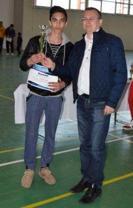 Premiere minifotbal 44 269x420 - GALERIE FOTO: Câștigătorii cupei orașului Panciu la minifotbal, premiați de primarul Iulian Nica