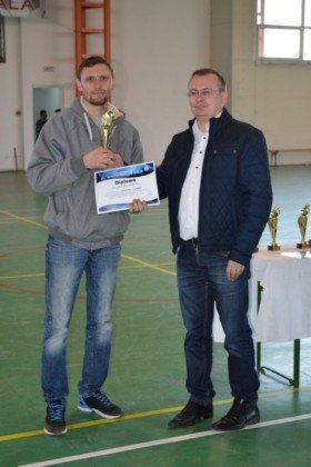 Premiere minifotbal 50 280x420 - GALERIE FOTO: Câștigătorii cupei orașului Panciu la minifotbal, premiați de primarul Iulian Nica