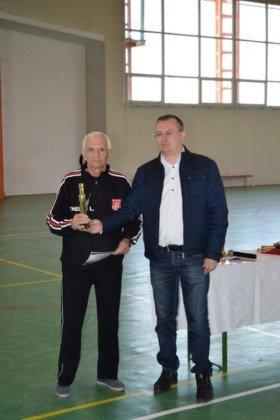 Premiere minifotbal 51 280x420 - GALERIE FOTO: Câștigătorii cupei orașului Panciu la minifotbal, premiați de primarul Iulian Nica