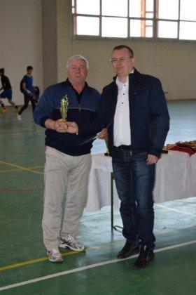 Premiere minifotbal 52 280x420 - GALERIE FOTO: Câștigătorii cupei orașului Panciu la minifotbal, premiați de primarul Iulian Nica