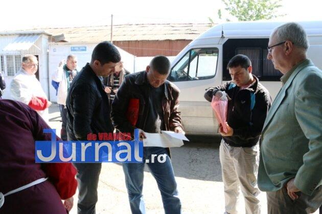 controale politie dsv5 630x420 - GALERIE FOTO: Ample controale ale Poliției și ale DSV în piețele din Vrancea