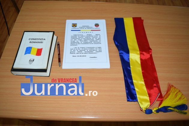 Depunere juramant 2 630x420 - GALERIE FOTO: Primarul Iulian Nica și consilierii locali din Panciu au depus jurământul