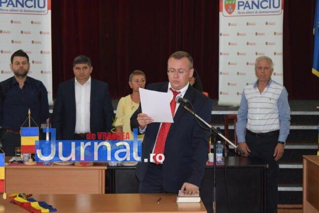 Depunere juramant 27 630x420 - GALERIE FOTO: Primarul Iulian Nica și consilierii locali din Panciu au depus jurământul