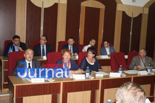 IMG 5997 630x420 - GALERIE FOTO: Marian Oprișan, președinte la al cincilea mandat. Bîrlădeanu și Ionel Cel–Mare, aleși vicepreședinți ai Consiliului Județean