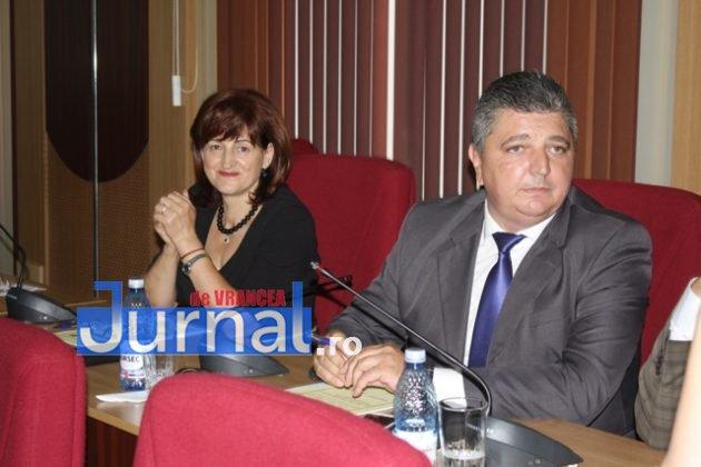 IMG 6004 630x420 - GALERIE FOTO: Marian Oprișan, președinte la al cincilea mandat. Bîrlădeanu și Ionel Cel–Mare, aleși vicepreședinți ai Consiliului Județean