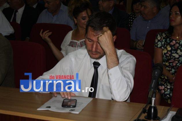 IMG 6010 630x420 - GALERIE FOTO: Marian Oprișan, președinte la al cincilea mandat. Bîrlădeanu și Ionel Cel–Mare, aleși vicepreședinți ai Consiliului Județean