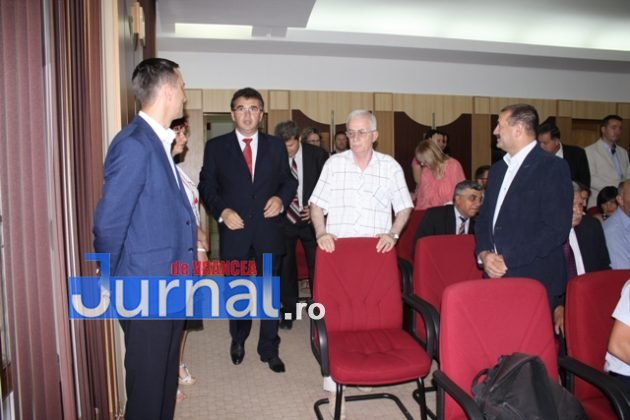IMG 6023 630x420 - GALERIE FOTO: Marian Oprișan, președinte la al cincilea mandat. Bîrlădeanu și Ionel Cel–Mare, aleși vicepreședinți ai Consiliului Județean