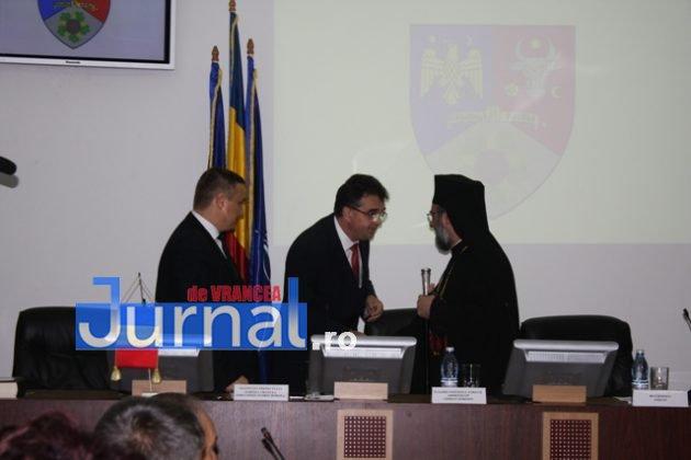 IMG 6033 630x420 - GALERIE FOTO: Marian Oprișan, președinte la al cincilea mandat. Bîrlădeanu și Ionel Cel–Mare, aleși vicepreședinți ai Consiliului Județean