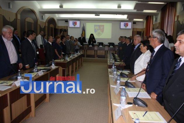 IMG 6034 630x420 - GALERIE FOTO: Marian Oprișan, președinte la al cincilea mandat. Bîrlădeanu și Ionel Cel–Mare, aleși vicepreședinți ai Consiliului Județean