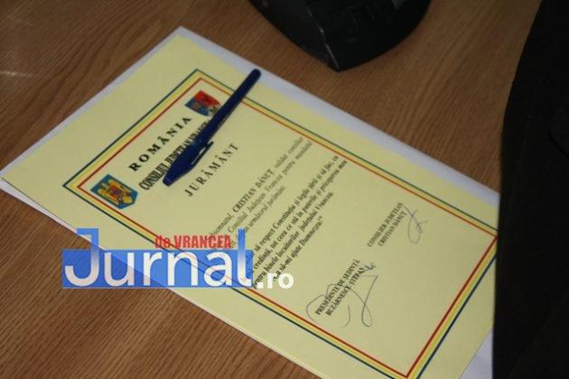 IMG 6040 630x420 - GALERIE FOTO: Marian Oprișan, președinte la al cincilea mandat. Bîrlădeanu și Ionel Cel–Mare, aleși vicepreședinți ai Consiliului Județean
