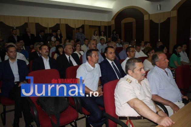 IMG 6044 630x420 - GALERIE FOTO: Marian Oprișan, președinte la al cincilea mandat. Bîrlădeanu și Ionel Cel–Mare, aleși vicepreședinți ai Consiliului Județean