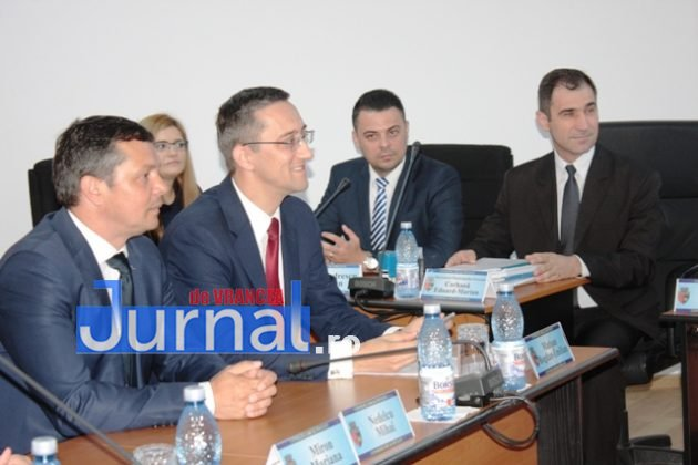 IMG 6192 630x420 - Constituirea CLM Focșani, amânată din lipsa de cvorum. Declarații și reacții AICI!