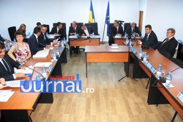 IMG 6198 630x420 - Constituirea CLM Focșani, amânată din lipsa de cvorum. Declarații și reacții AICI!