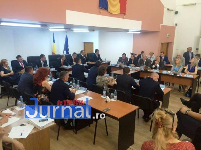 consiliul-local-constituire1