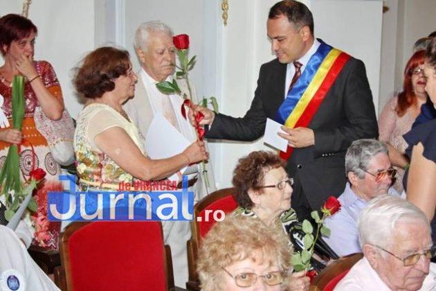 cupluri premiate de municipalitate6 630x420 - GALERIE FOTO: Cuplurile cu 50 de ani de căsătorie neîntreruptă, premiate de municipalitate