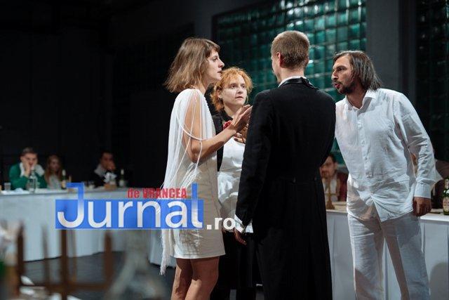 Foamea noastra cea de toate zilele 4 - Spectacol-eveniment pe scena Teatrului din Focșani, cu număr limitat de spectatori. Intrarea este LIBERĂ!