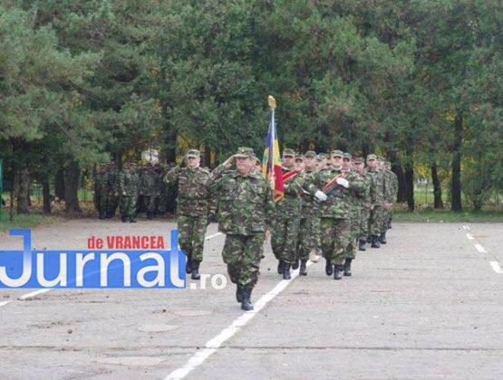 brigada 8 larom col mihai somatca7. 555x420 - GALERIE FOTO: Locțiitorul Brigăzii 8 LAROM a trecut în rezervă