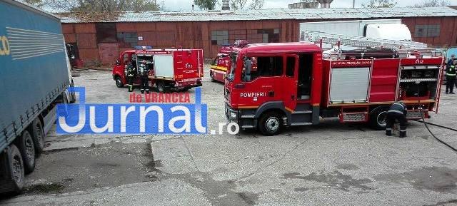 exercitiu isu vrancea10 - GALERIE FOTO: Antrenament al pompierilor la fabrica de vase emailate