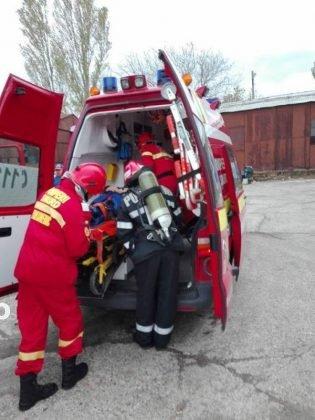 exercitiu isu vrancea6 315x420 - GALERIE FOTO: Antrenament al pompierilor la fabrica de vase emailate
