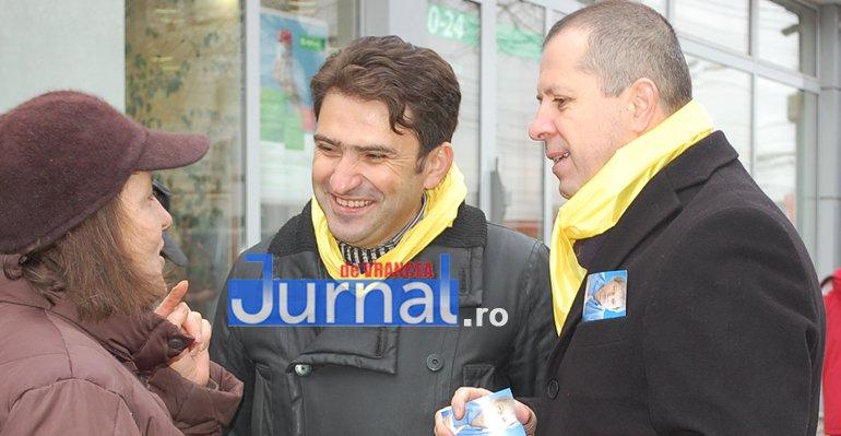 Macovei si Pancu 1 - ELECTORAL: Candidații PNL la parlamentare Liviu Macovei și Daniel Pancu au stat de vorbă cu focșănenii