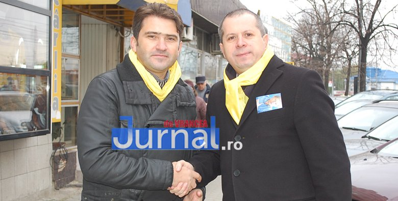 Macovei si Pancu 2 - ELECTORAL: Candidații PNL la parlamentare Liviu Macovei și Daniel Pancu au stat de vorbă cu focșănenii