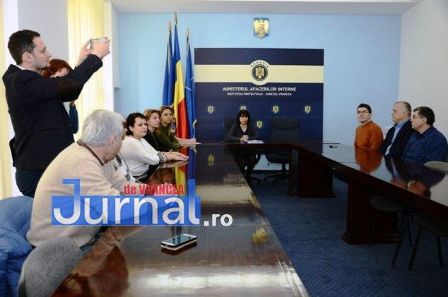 DSC 0522 634x420 - FOTO: Dezinteres sau lipsă de comunicare? Doar TREI dintre parlamentarii aleși și-au luat certificatele de la Biroul Electoral Județean