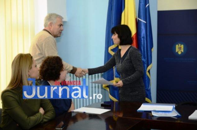 DSC 0528 634x420 - FOTO: Dezinteres sau lipsă de comunicare? Doar TREI dintre parlamentarii aleși și-au luat certificatele de la Biroul Electoral Județean