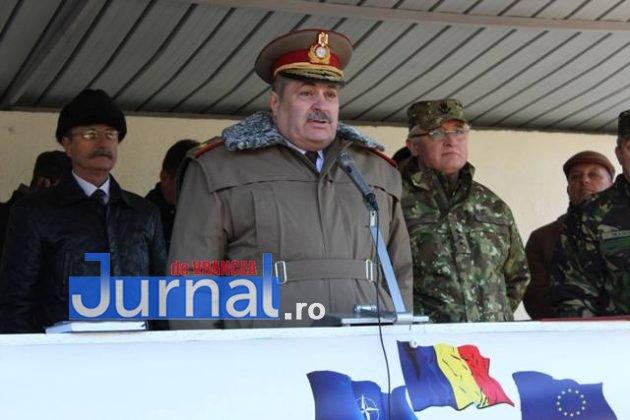 brigada 8 larom ceremonie predare primire1 630x420 - GALERIE FOTO: Colonel Ciprian Marin, noul comandant al Brigăzii 8 LAROM