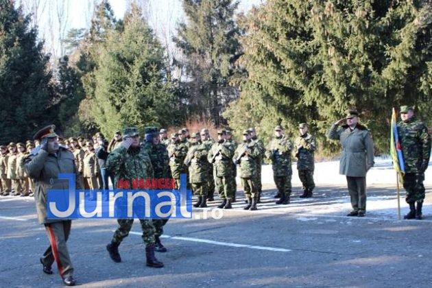 larom ceremonie predare primire4 630x420 - GALERIE FOTO: Colonel Ciprian Marin, noul comandant al Brigăzii 8 LAROM