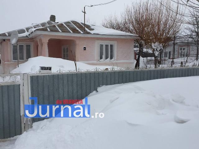 maicanesti1 - VIDEO: Nănești – Măicănești, Siberia de Vrancea. Nămeți de un metru pe șosea și pustietate cât vezi cu ochii