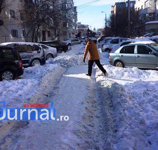 zapada strada telemac focsani1 - Deszăpezirea, pentru unii da, pentru alții ba! Cum îl amenință un grup de focșăneni pe primarul Misăilă