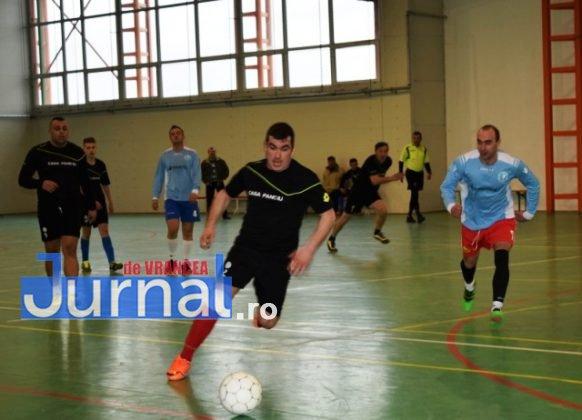 Premiere minifotbal 15 582x420 - FOTO: Jandarmeria Panciu- campioana anului 2017 la Minifotbal de Sală