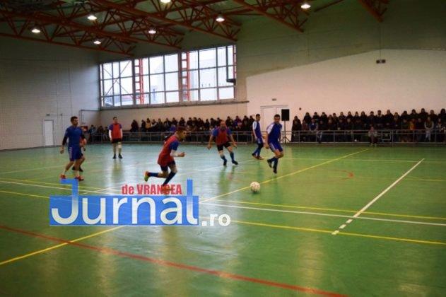 Premiere minifotbal 25 631x420 - FOTO: Jandarmeria Panciu- campioana anului 2017 la Minifotbal de Sală
