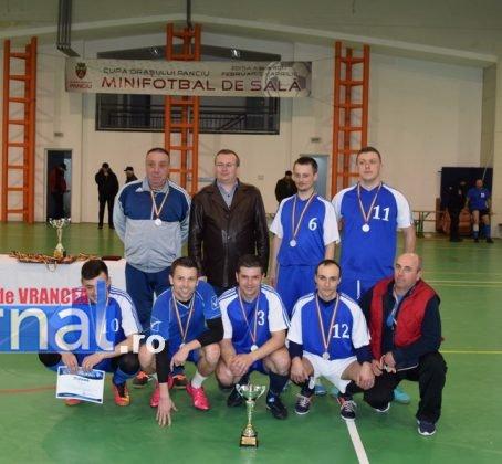 Premiere minifotbal 44 454x420 - FOTO: Jandarmeria Panciu- campioana anului 2017 la Minifotbal de Sală