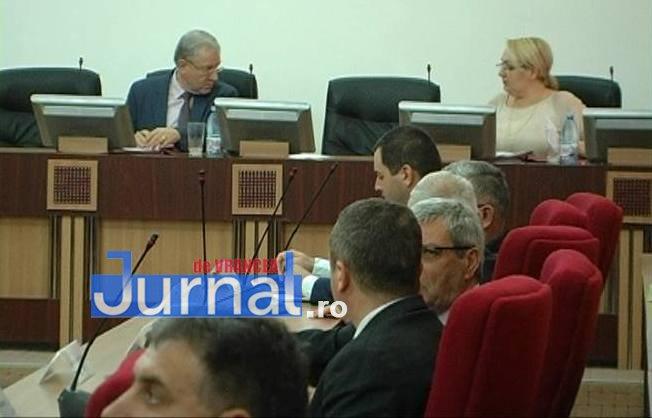 sedinta cj vrancea1 - Consiliul Județean Vrancea a împărțit sărăcia
