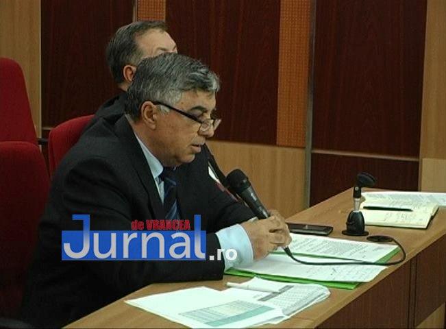sedinta cj vrancea3 - Consiliul Județean Vrancea a împărțit sărăcia