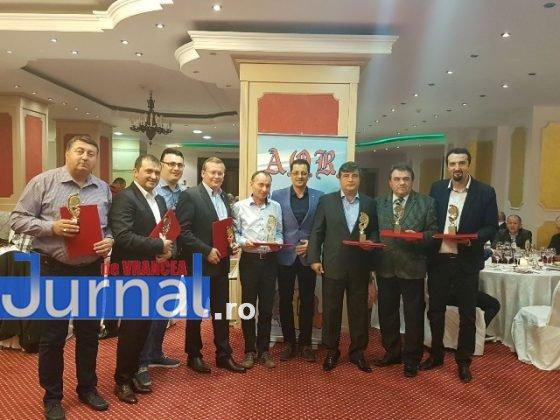 Premiu AOR 1 560x420 - FOTO: Primarul Iulian Nica, premiat de Asociația Orașelor din România