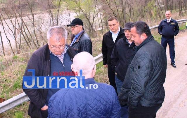 vizita cnair dn2r dn2n 3 - Șefii din CNAIR, în inspecție la drumurile rupte din Vrancea