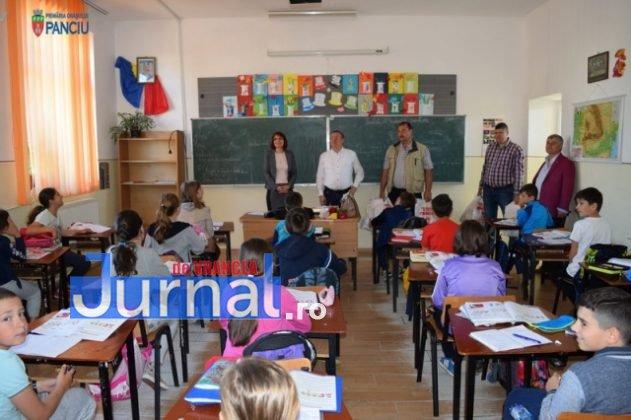 Cadouri 1 Iunie 13 631x420 - FOTO: Copiii din Panciu au primit cadouri cu ocazia zilei de 1 Iunie