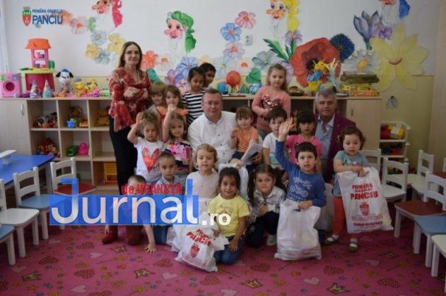 Cadouri 1 Iunie 49 631x420 - FOTO: Copiii din Panciu au primit cadouri cu ocazia zilei de 1 Iunie