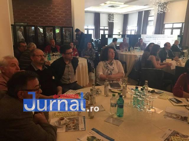 """imm laguna intalnire2 - Dezbatere la Focșani pe tema """"Soluții pentru dezvoltarea IMM-urilor"""""""